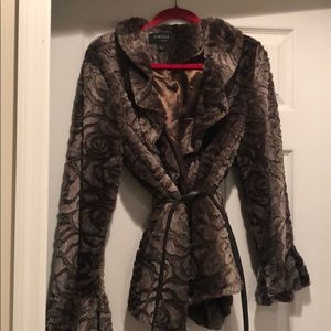 Faux fur jacket sz L